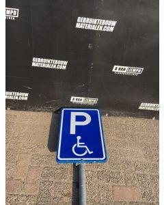 Verkeersbord (P-Invaliden) + Flespaal (358 cm)