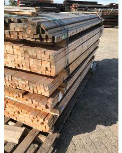 Geschaafde (Vuren) Houten Balk, 4 B x 2,5 D x 221,5 L